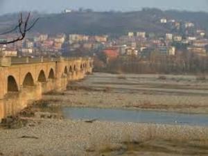 Ponte Taro