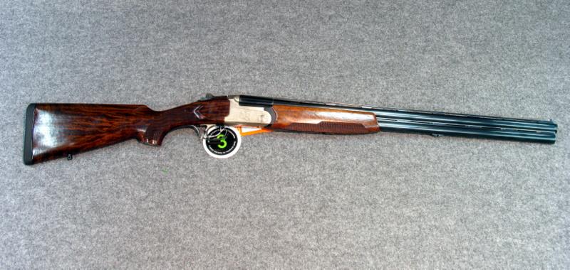 Via burla raffica di furti in due casolari rubato un for Costo della costruzione del fucile da caccia